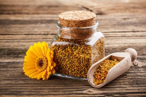 que sabes del polen de abeja