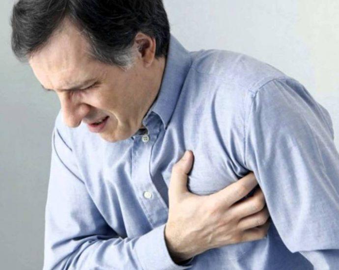 Hombre con angina de pecho